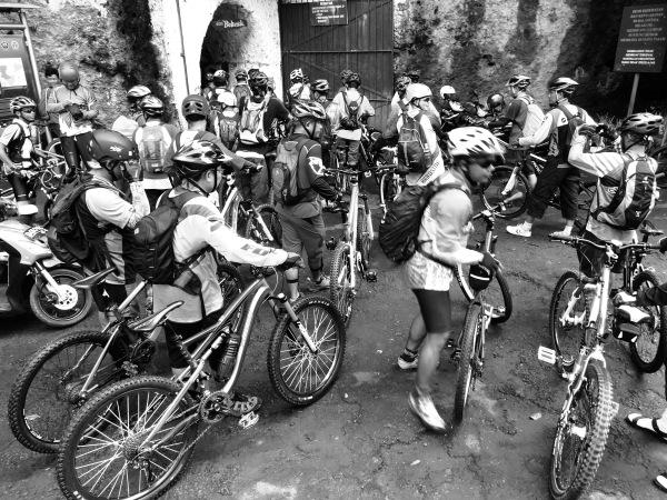120 pesepeda gunung komunitas cikarangmtb di acara Kolozal#10